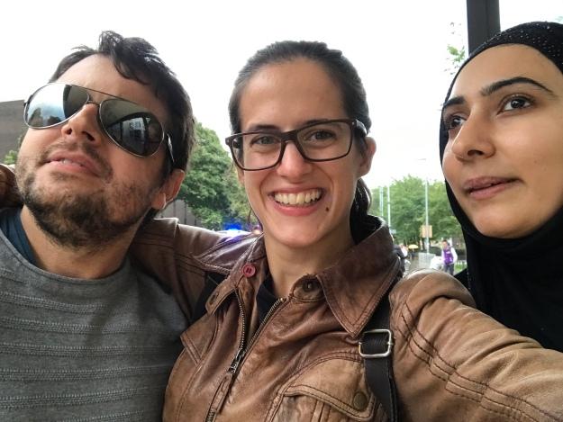 Da esquerda para a direita: Eu, a Sofia e a Nayab